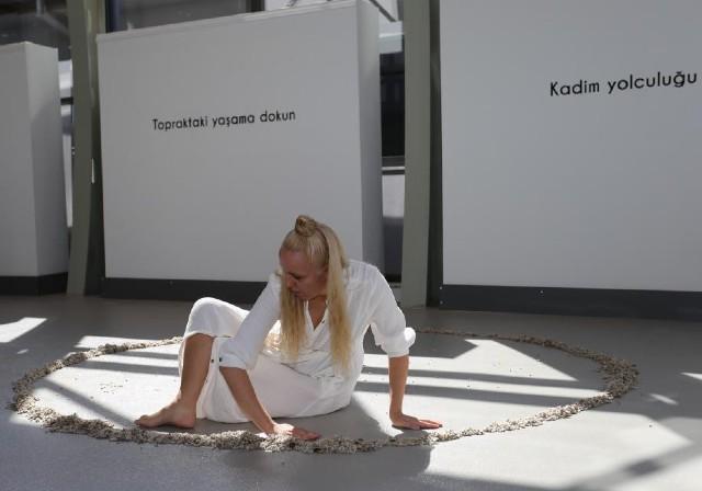 Antalya Dokumapark Modern Sanatlar Galerisi'nde Kadınlara Özel Sergi!