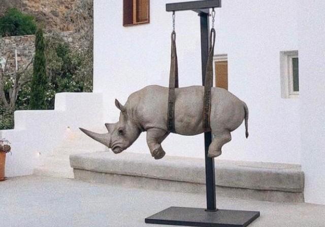 Devasa Heykelleriyle Safari Hayvanlarını Sokaklara Taşıyan Sanatçı Stefano Bombardieri | Yazan Nurdan Ateş