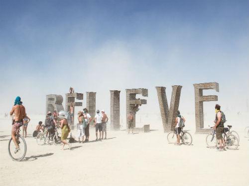Burning Man, Çölde Dünyanın En Çılgın Sanat Festivali Yazan: Eda Aksoy