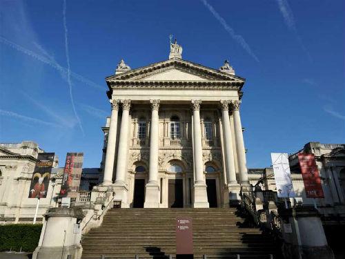 Tate Britain Müzesi Yazan: Banu Çarmıklı