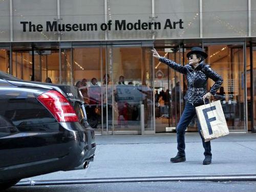 MoMA'da Yoko Ono One Woman Show Sergisi | Yazan Gönül Özgürel
