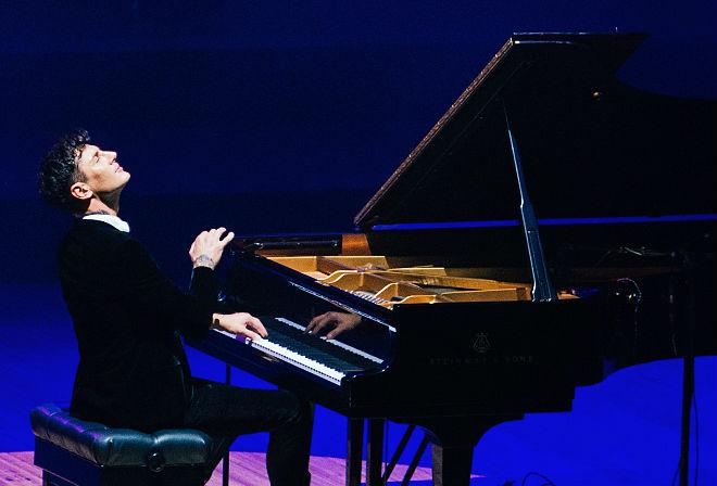Piyanonun Dahi Prensi Maksim Mrvica İstanbul'da | ARTtvNews