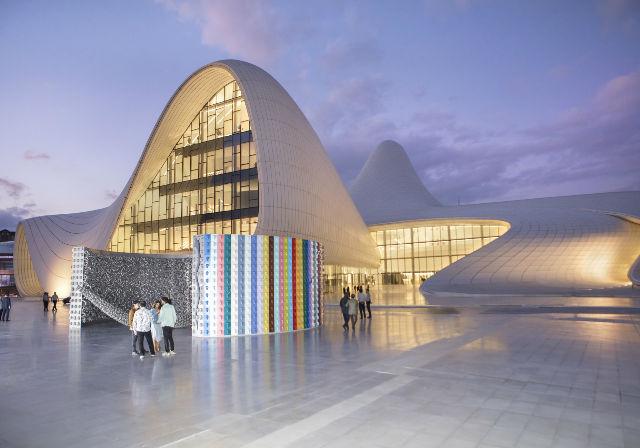 Ahmet Güneştekin'in Başyapıtları Zaha Hadid imzalı Haydar Aliyev Müzesi'nde! | ARTtvNews