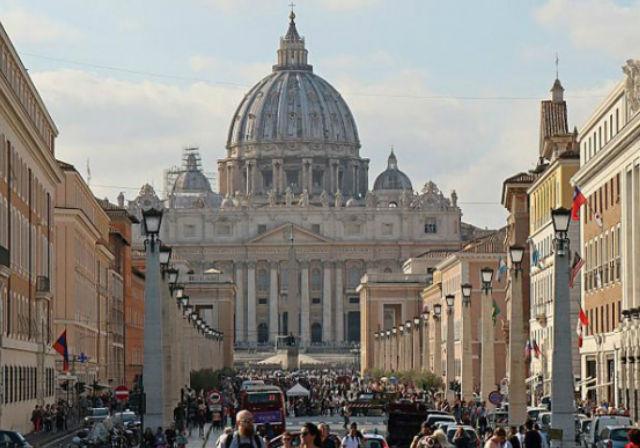 Dora'nın Sanat Günlüğü'nde Vatikan'ın Görkemi! | Yazan Dora Özyurt
