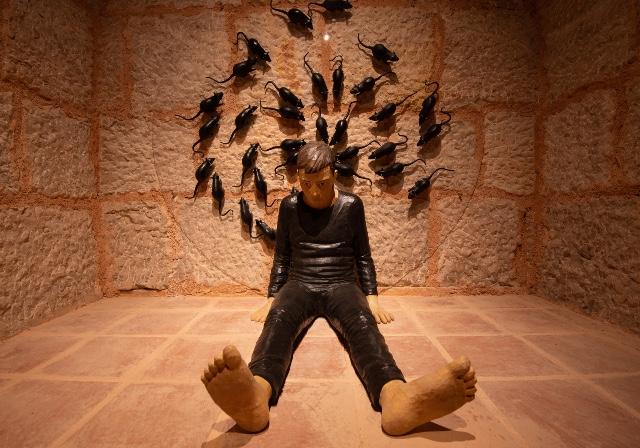 'Zamansızlık Şarkısı' Duvarlarda Yankılanacak!
